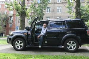 Евгений Кобылянский. Автовладелец