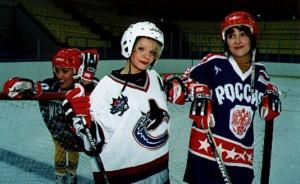 Лайма Вайкуле, Лариса Долина, Лолита. Здоровый образ жизни, хоккей.