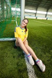 Маша Собко на футбольном поле