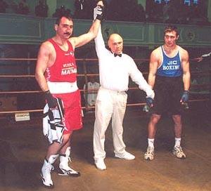 Боксер Александр Лебзяк