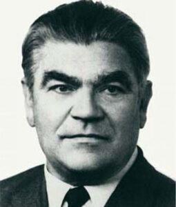 Александр Александрович Никонов, биография, жизненный путь, советский и российский учёный, академик, президент Всесоюзной академии сельскохозяйственных наук.