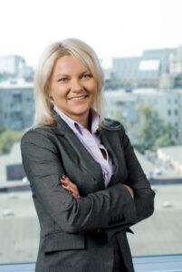 Елена Уитман, иностранный язык, обучение, английский, карьера