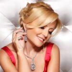 Автограф певицы Анжелики Варум