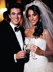 Кевин Джонас с женой Даниэль