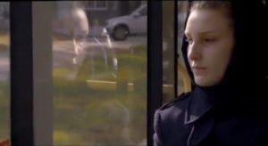"""Кадр из фильма """"Рядом с нами"""", рецензия"""