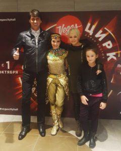 Дарья Костюк и Катя Лель с семьёй, Игорь Кузнецов, муж Кати Лель, дочь Эмилия