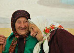 Деревенские бабушки