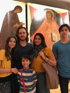 Семья Джексонов в Третьяковской галерее.