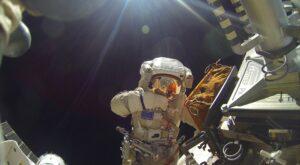 Космонавт Александр Мисуркин, работа в космосе.