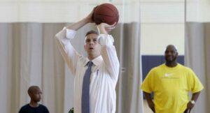 Министр образования США Арне Дункан. Здоровый образ жизни, баскетбол.