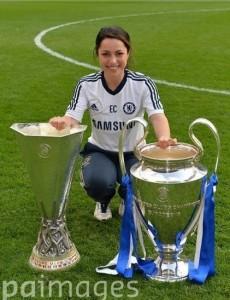 Ева Карнейро с кубками. Налечила:)