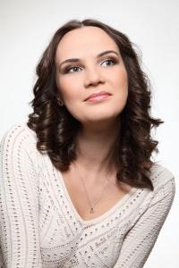 Джазовая вокалистка, выпускница Нижегородской консерватории Яна Тюлькова.