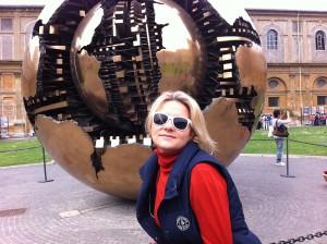 Елена Уитман. Vatican