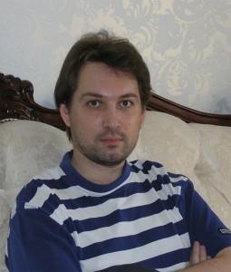 Журналист Денис Бессонов