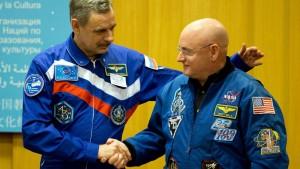 Космонавты Михаил Корниенко и Скотт Келли