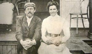 Антон Чехов с Ольгой Книппер (1901 год)