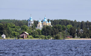 Остров Коневец в Ладожском озере