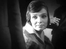 """Светлана Светличная. Кадр из фильма """"Мне двадцать лет""""."""