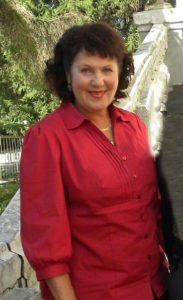 Лариса Прозорова - член Союза журналистов России.