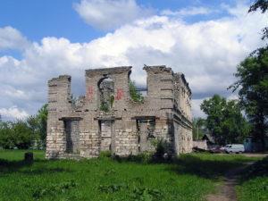 Развалины Вознесенской церкви, Старицы