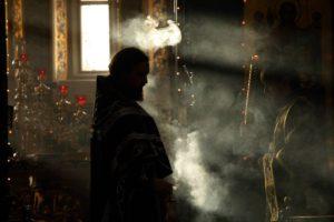 Служба в православном храме