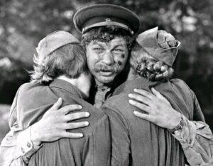 Кадр из фильма «А зори здесь тихие»
