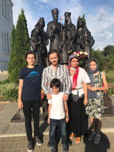 Семья Джексонов в Дивеевском монастыре.