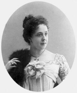 Актриса Александра Яблочкина в 1900 году. Репродукция. РИА Новости