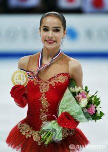 Россиянка Алина Загитова — чемпионка мира по фигурному катанию