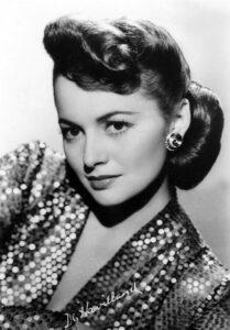 Оливия де Хэвилленд. Студийная фотография 1945 года