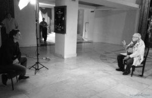 Автор этих строк на съемках интервью с Арменом Джигарханяном, 2013 год.