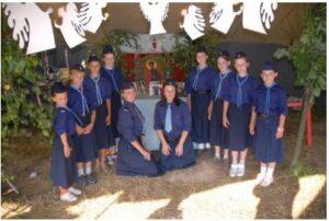 Ученицы в детском летнем лагере «Русь»