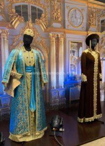 Наряды «Дома русской одежды» на выставке в Государственном историческом музее Южного Урала.