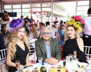 Анастасия и Полина с Юрием Антоновым