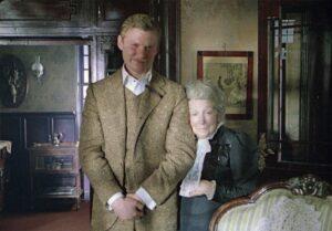 Доктор Ватсон и миссис Хадсон