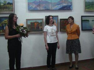 Ольга Биценти, флорист Яна Логвинова и Ольга Сергеевна Алексенко.